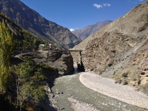 A bridge that brings me back over the Spiti, or what is now  the Sutlej River. The confluence occurs about Khab, 6 km further upstream (north). Google maps shows a town of Dubling even higher up to the south of this bend in the road, which would be the lefthand side of the river immediate. It is about here that the originally designed Hindustan Tibet Highway would have reached its terminus, having began a rough-for-1860 x kms back in Shimla.