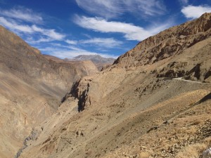 Tracking a road that continues north east of Kaza for Kibber, I've left my gear at the guesthouse and am traveling light, which feels great!